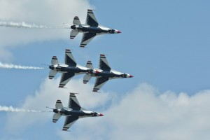 Thunderbirds diamond formation-5515