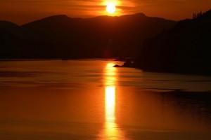Columbia Riverの夕焼け - Mosierより-9032