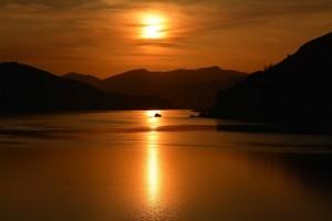 Columbia Riverの夕焼け - Mosierより-9007