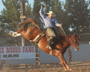 McMinnville Rodeo-Saddle Bronc Riding-4430