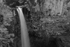 Outlet Falls-Glenwood郊外-5612-BW