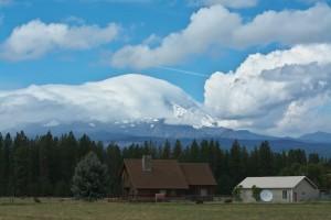 新雪のMt Adamsは雲の中-5655