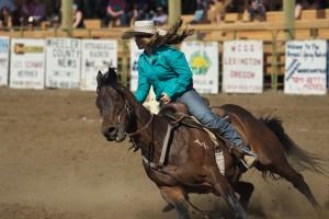 spray-rodeo-barrel-racing-5254_26878831154_o