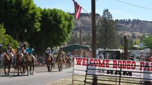 spray-rodeo-parade-4264_27429792926_o